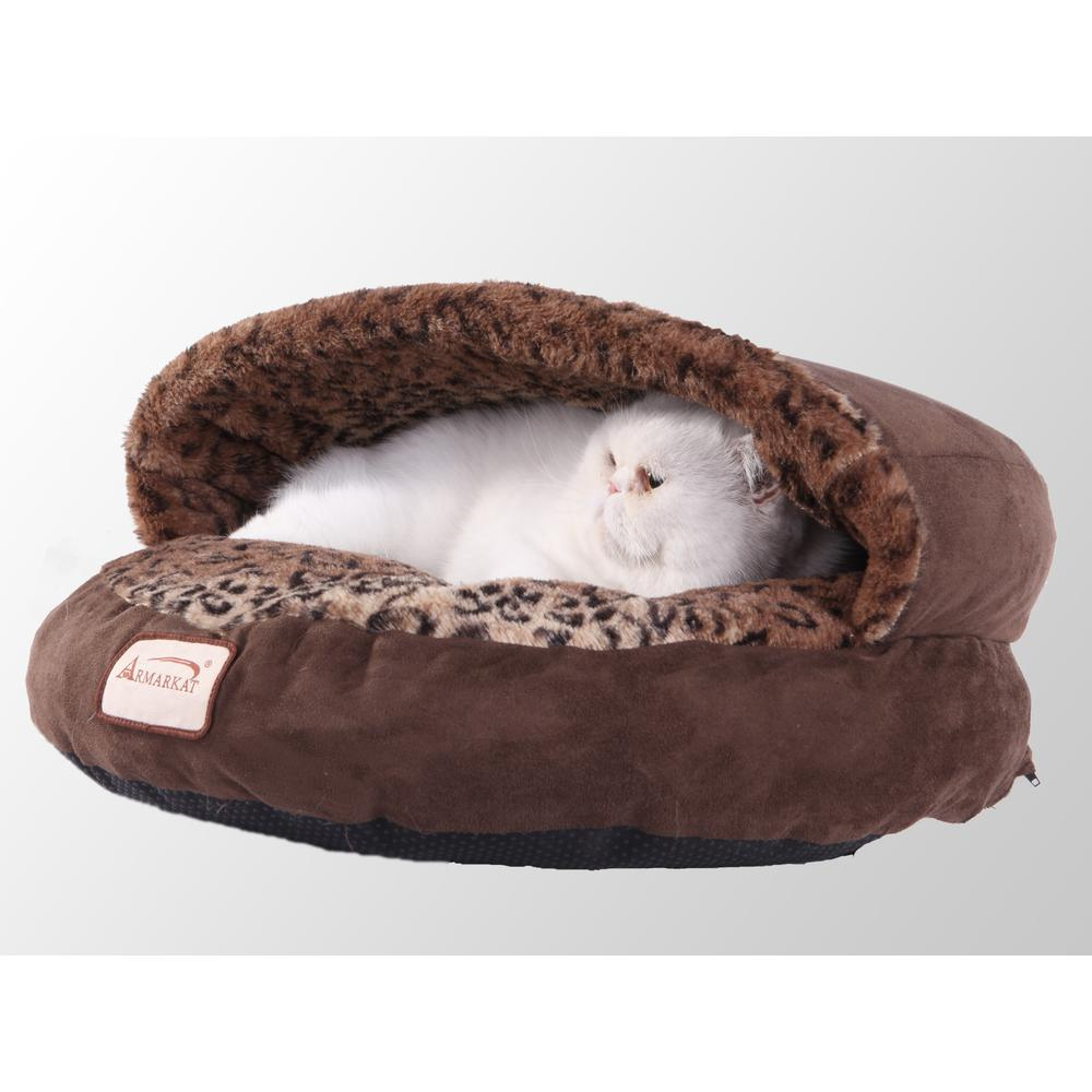 Armarkat Cat Bed Model C31HKF/BW, Mocha and Leopard. The main picture.