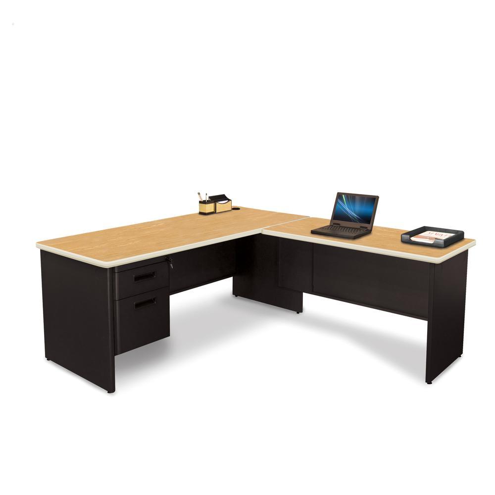 Pronto Desk with Return, 72W x 78D:Black/Oak. Picture 1