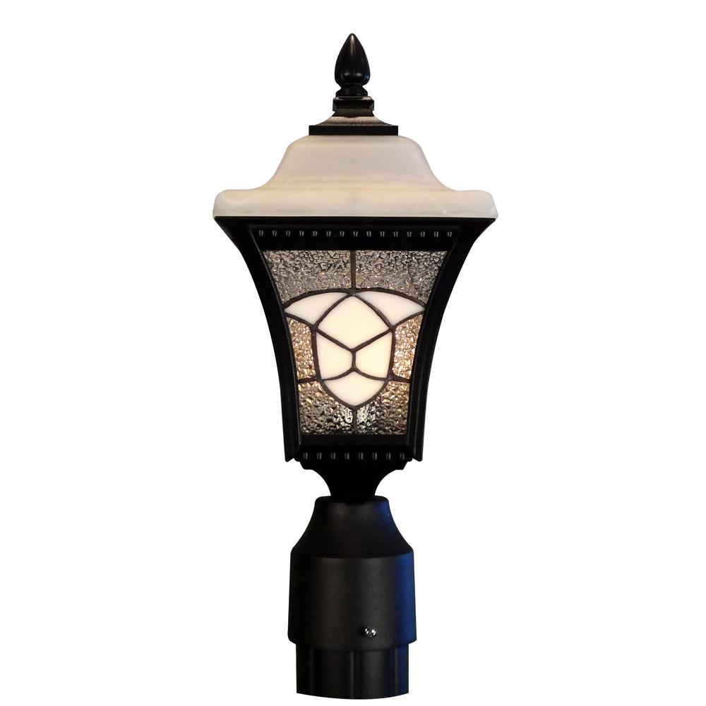 Abington Large Post Mount Light. Picture 1