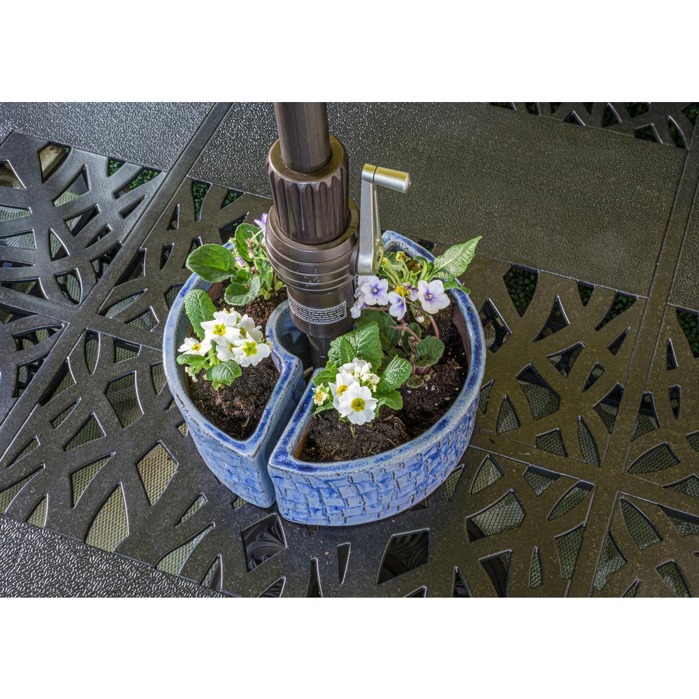 Cobblestone Umbrella Planter - Cielo Blue. Picture 3