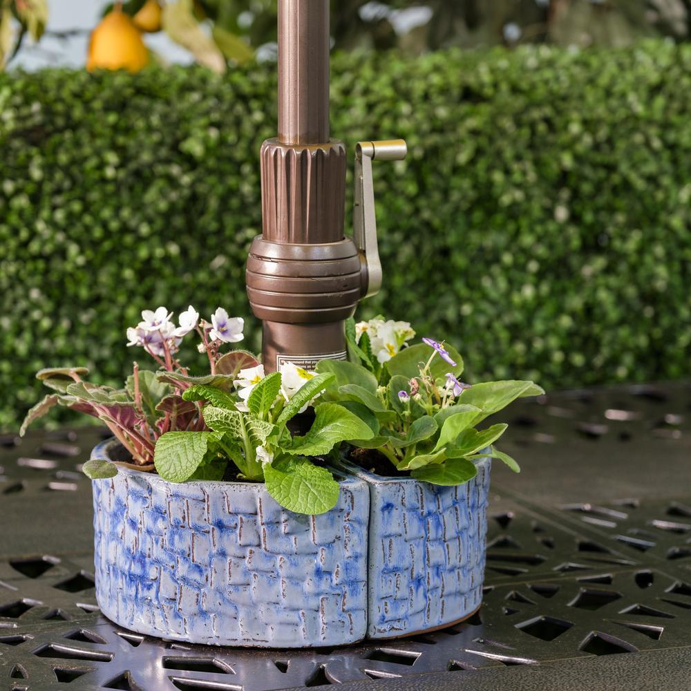 Cobblestone Umbrella Planter - Cielo Blue. Picture 4