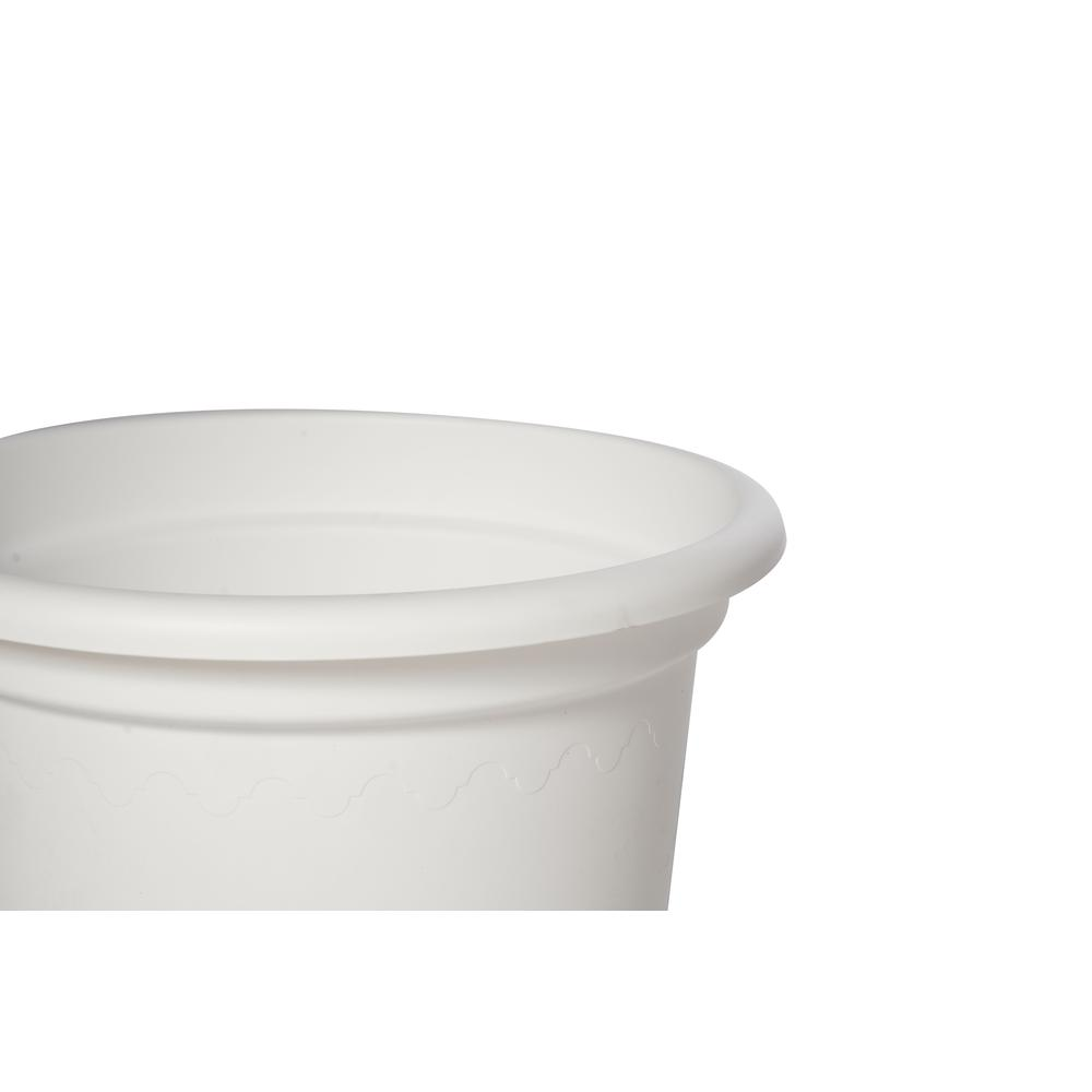 "15.75"" Geo Planter in Shiny White. Picture 2"