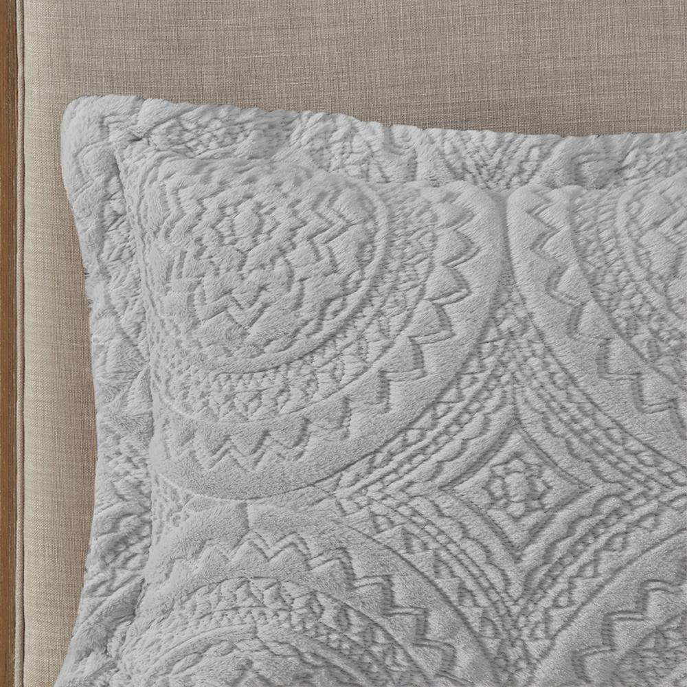 100% Polyester Embroidered Medallion Long Fur to Mink Comforter Set,MP10-6012. Picture 9