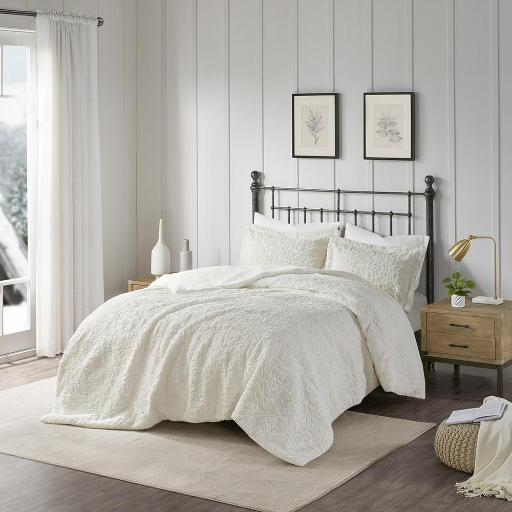 100% Polyester Embroidered Solid Long Fur Ultra Plush Comforter Mini Set,MP10-1999. Picture 2