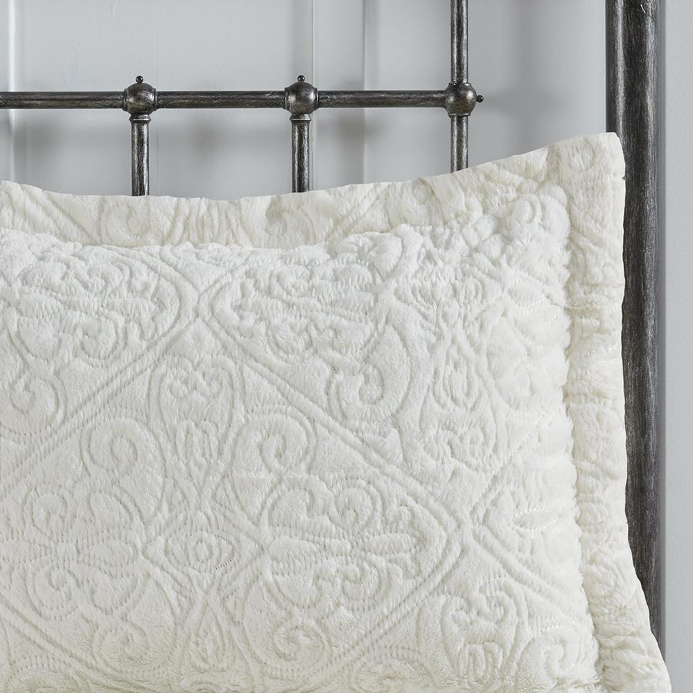 100% Polyester Embroidered Solid Long Fur Ultra Plush Comforter Mini Set,MP10-1999. Picture 8