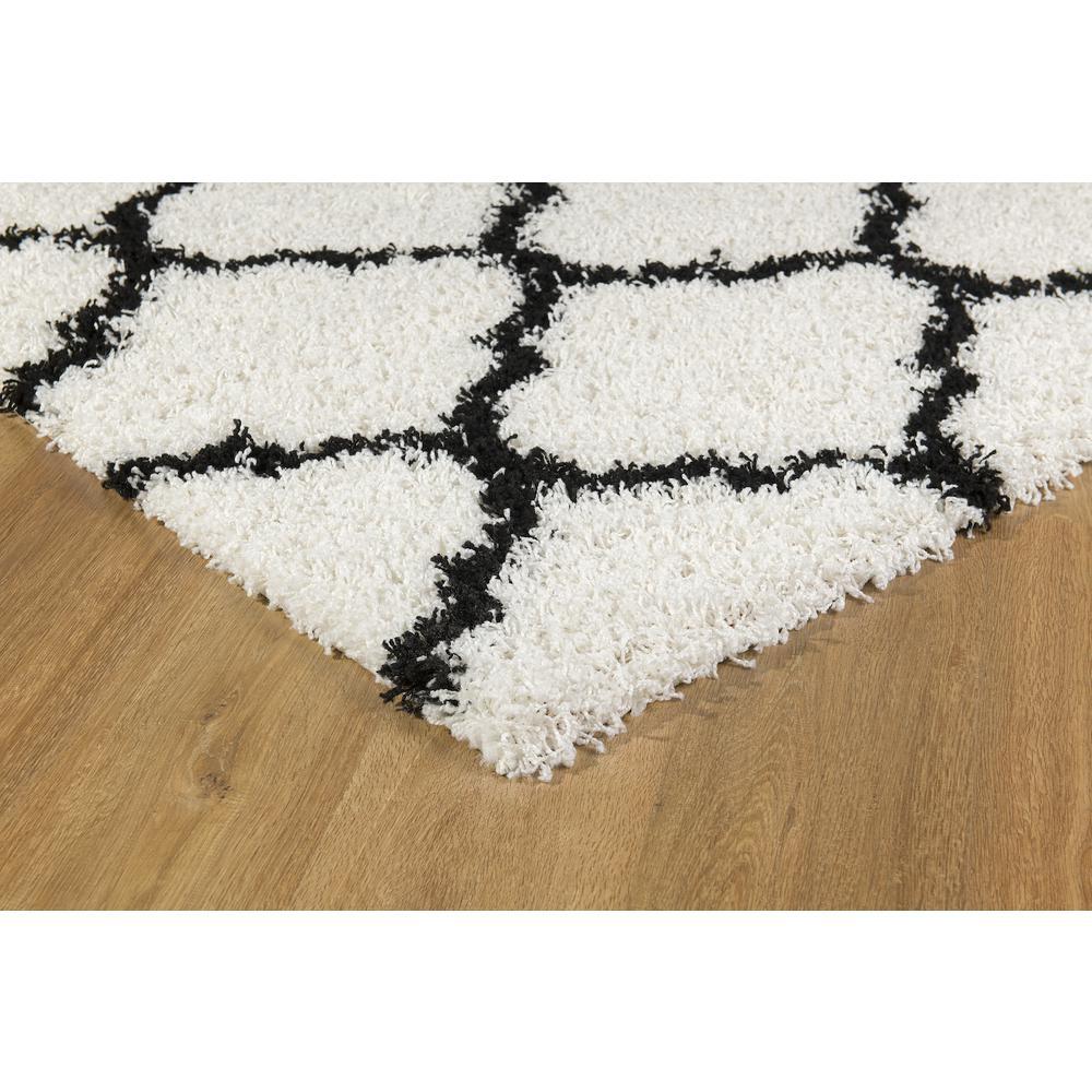 L'Baiet Ensley White Shag 8' x 10' Rug. Picture 5
