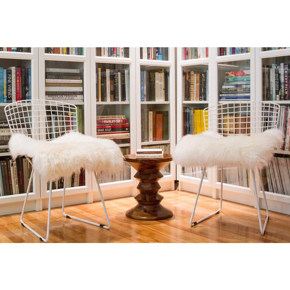 White Natural Sheepskin Chair Seat Cover - 317152. Picture 7