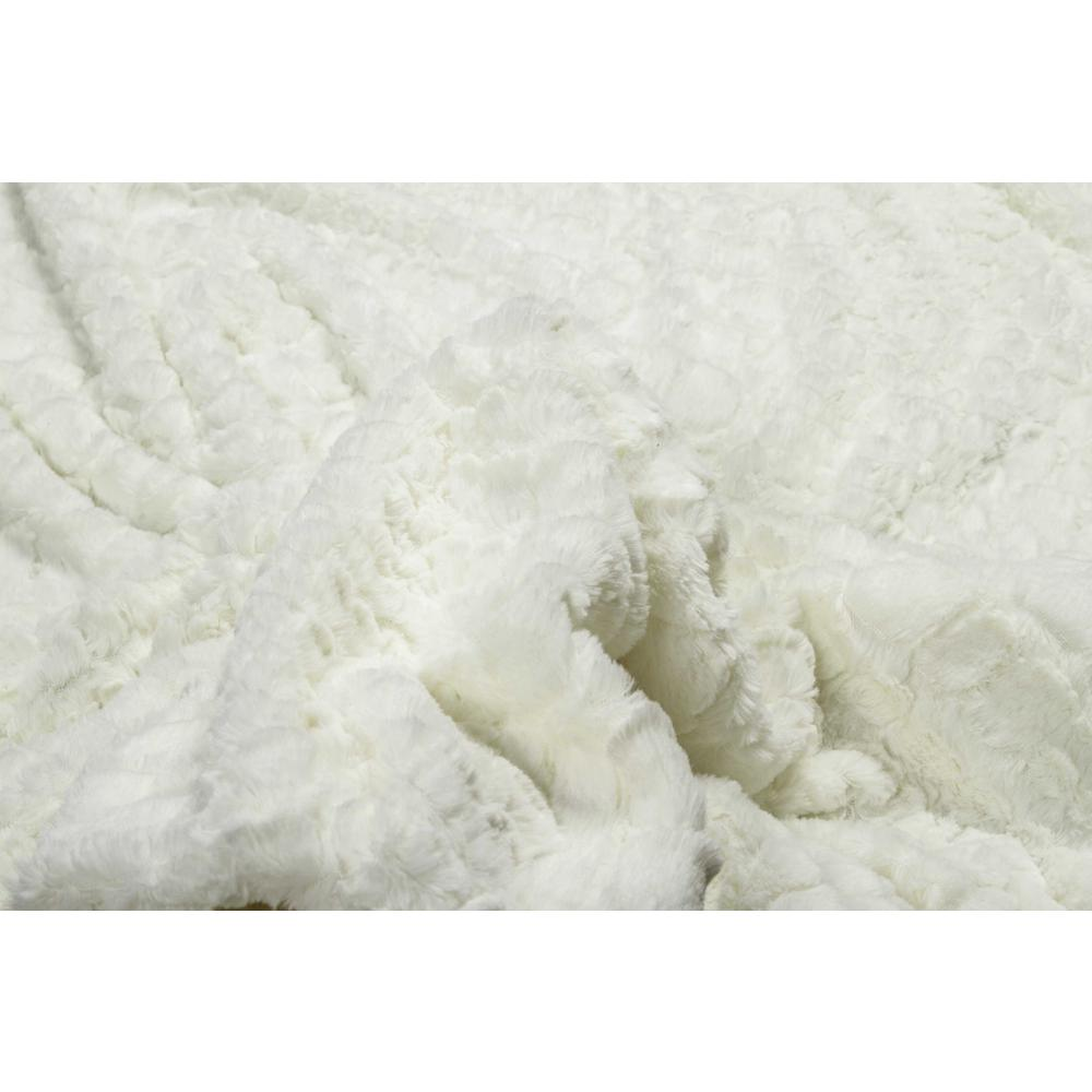 """50"""" x 70"""" Ivory Mink Faux Hide Throw - 293155. Picture 2"""