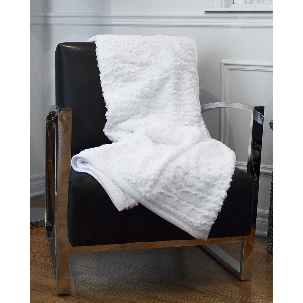 """50"""" x 70"""" Ivory Mink Faux Hide Throw - 293155. Picture 5"""