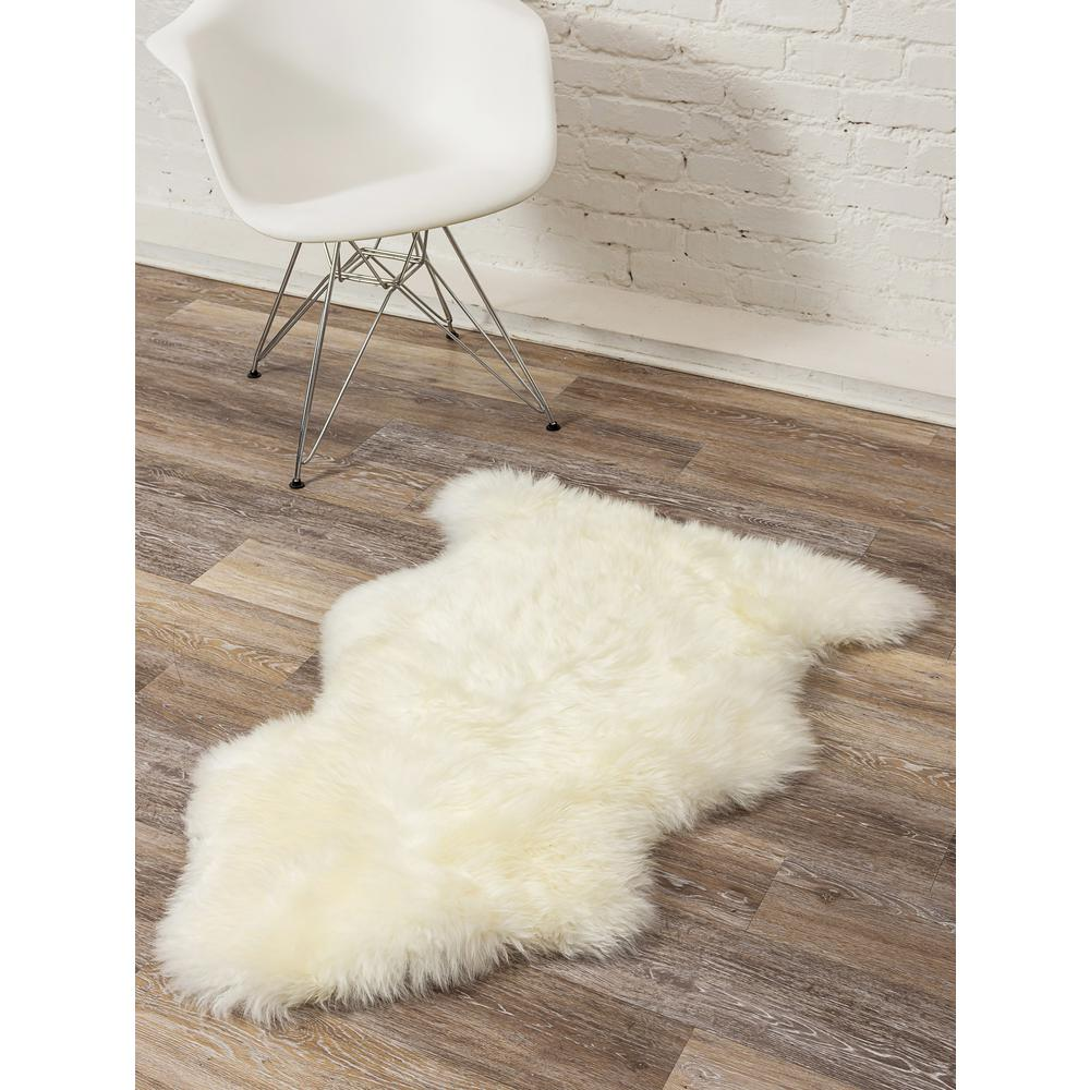2' x 3'  Natural New Zealand Sheepskin Wool Area Rug in White - 293188. Picture 4