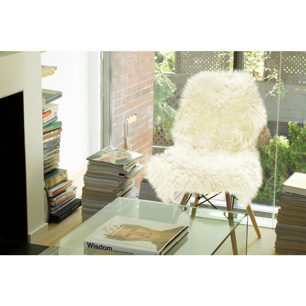 2' x 3'  Natural New Zealand Sheepskin Wool Area Rug in White - 293188. Picture 5