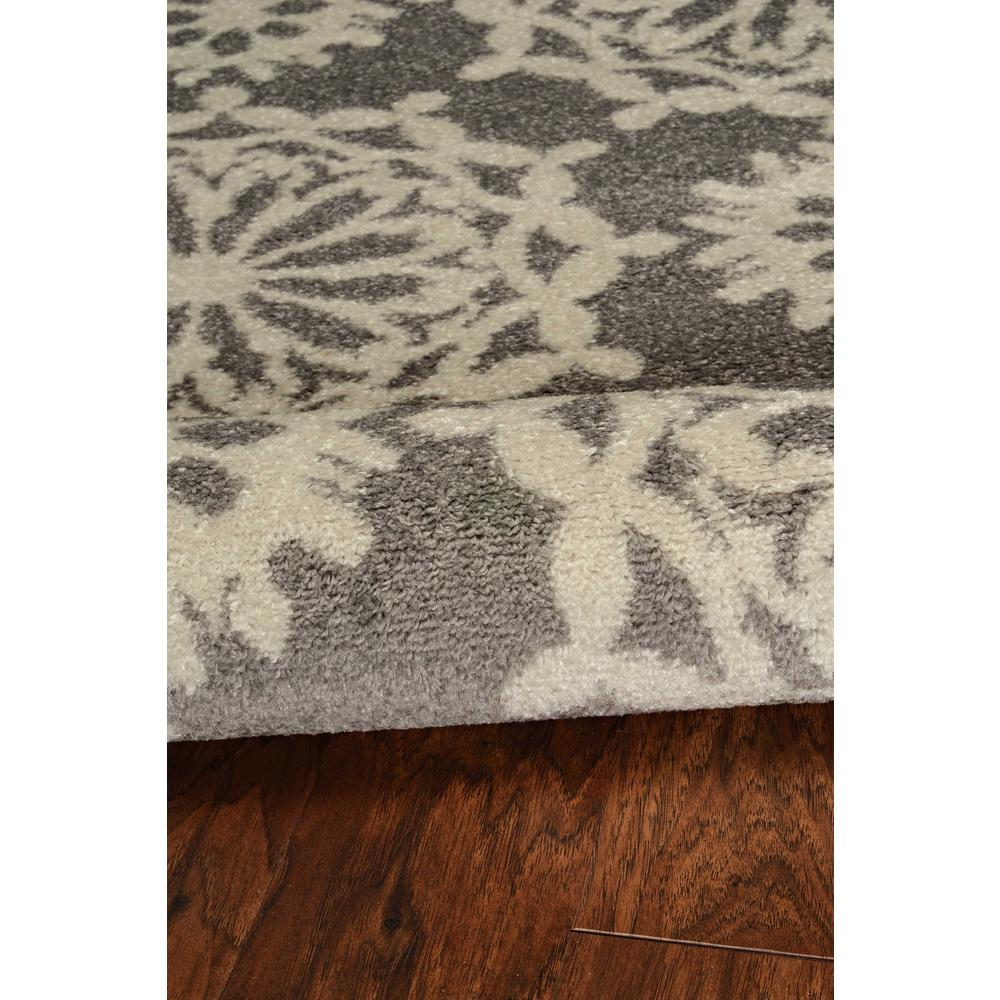 5'x8' Grey Ivory Floral Machine Woven Polypropylene Area Rug - 375383. Picture 4