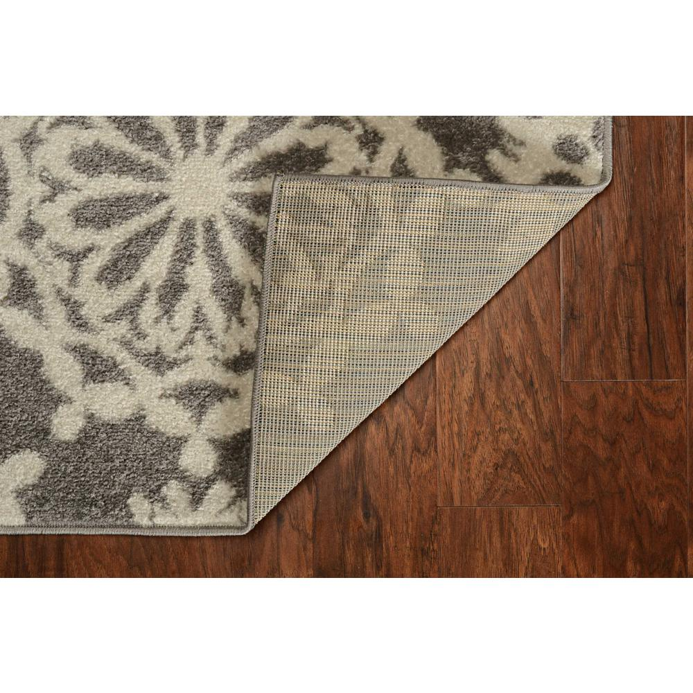 5'x8' Grey Ivory Floral Machine Woven Polypropylene Area Rug - 375383. Picture 5