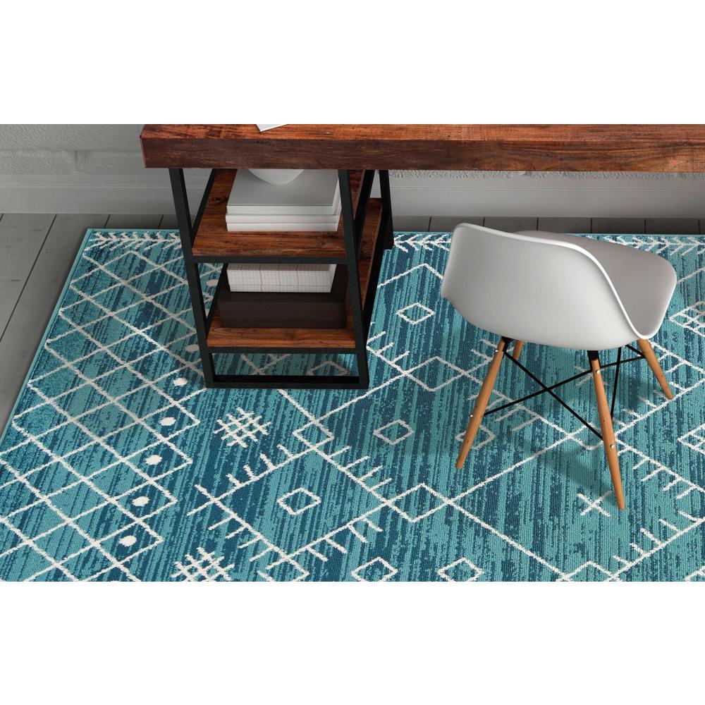 5'x8' Distressed Ocean Blue Geometric Bohemian Design Area Rug - 375391. Picture 6