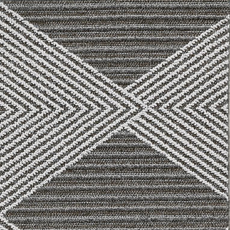 4' x 6' Grey or Ivory Geometric Diamond Area Rug - 375559. Picture 2