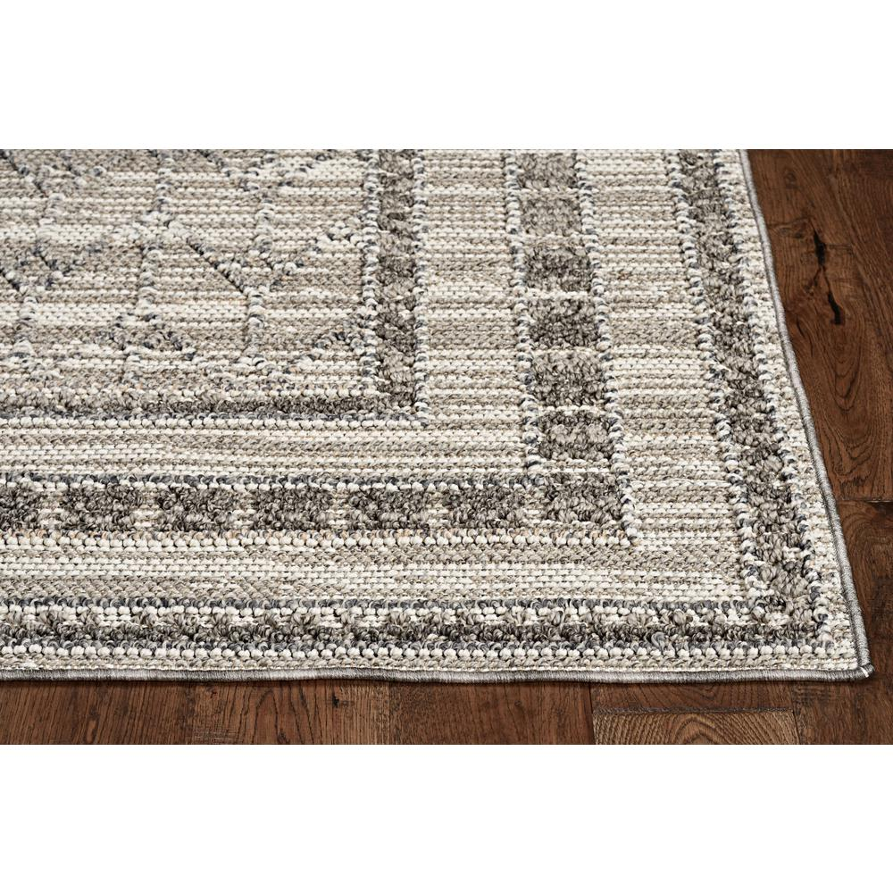 5'x8' Grey Machine Woven UV Treated Bordered Indoor Outdoor Area Rug - 375578. Picture 2