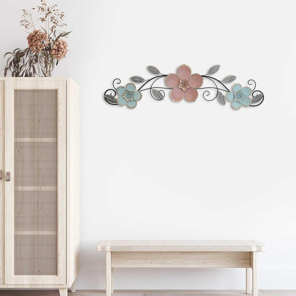 Flower Metal Wall Decor with Metallic Gold Edge Finish - 376588. Picture 2