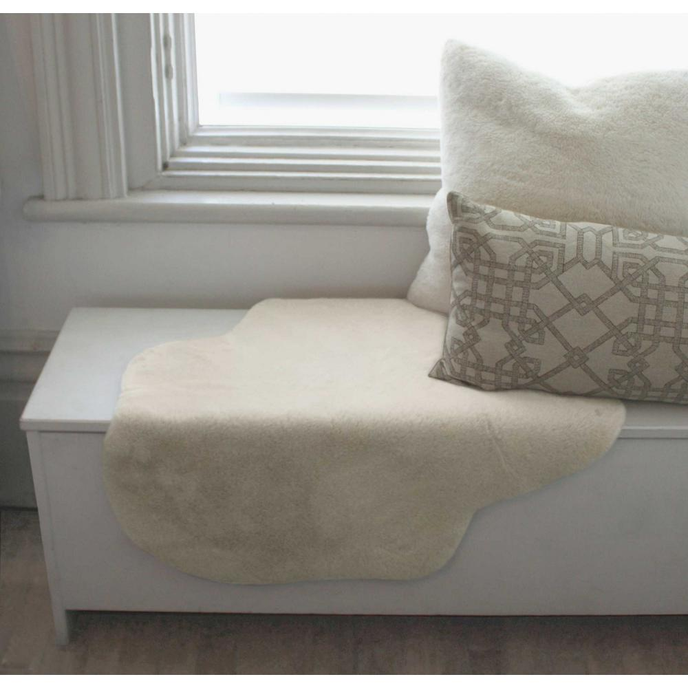 2' x 3' Ivory Faux Rabbit Fur Area Rug - 376903. Picture 5