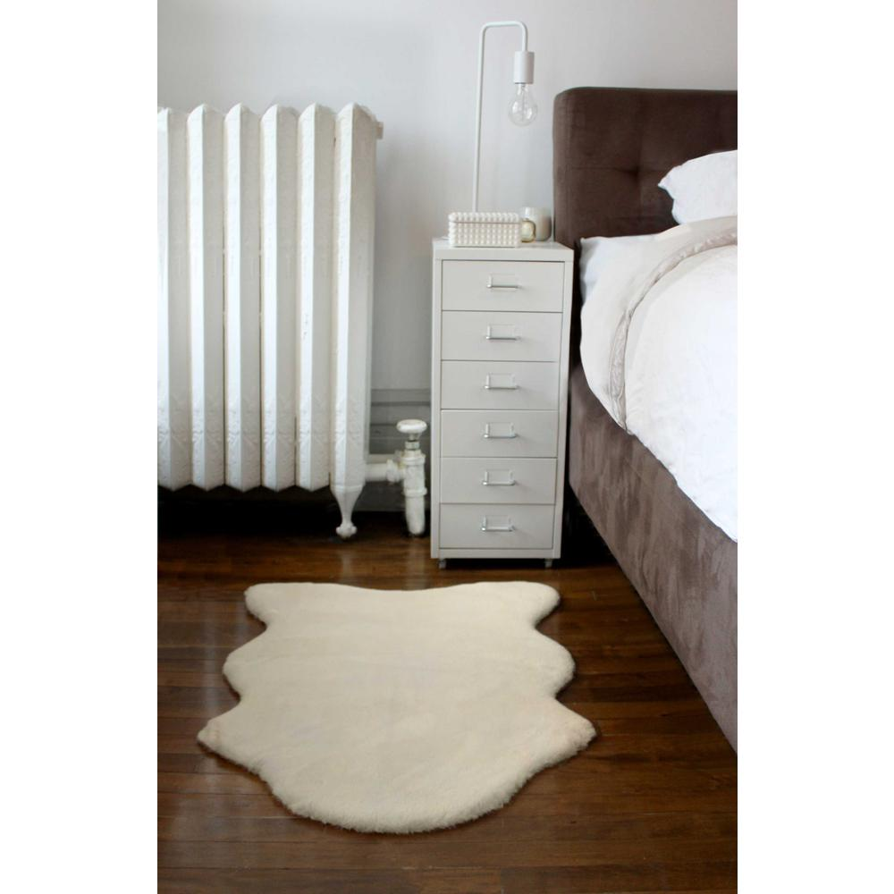 2' x 3' Ivory Faux Rabbit Fur Area Rug - 376903. Picture 6