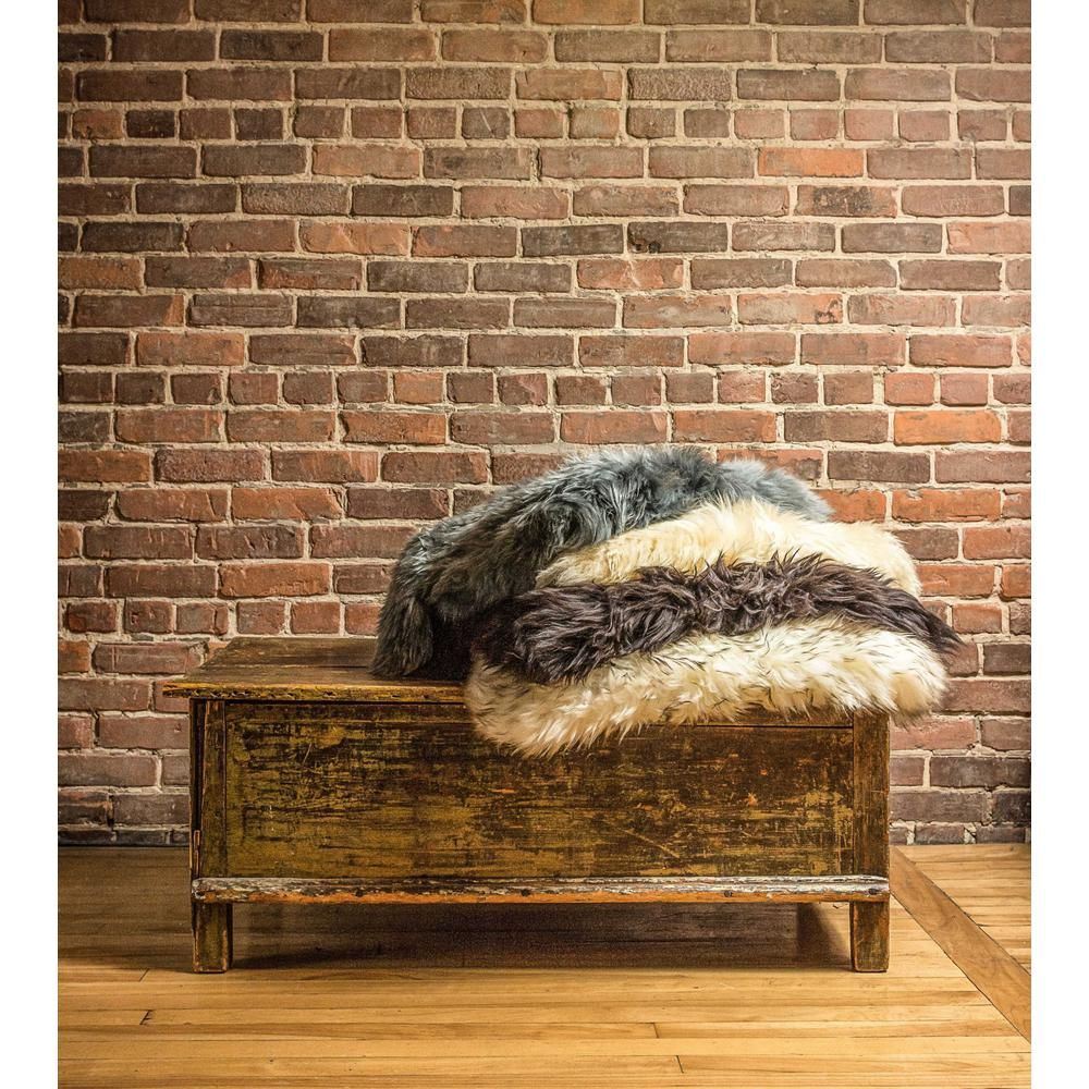 2' x 3' Chocolate New Zealand Natural Sheepskin Rug - 376921. Picture 2
