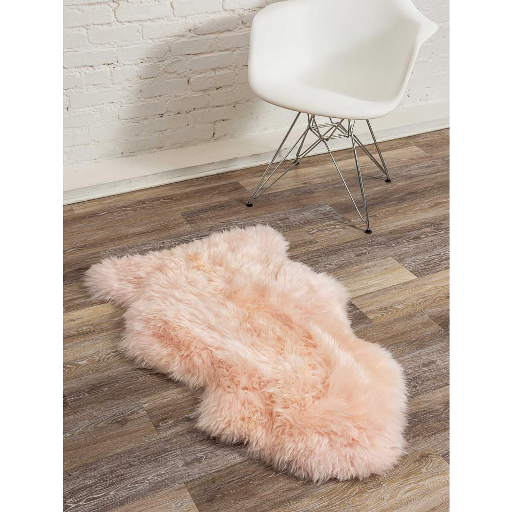 2' x 3' Rose New Zealand Natural Shearling Sheepskin Rug - 376927. Picture 5