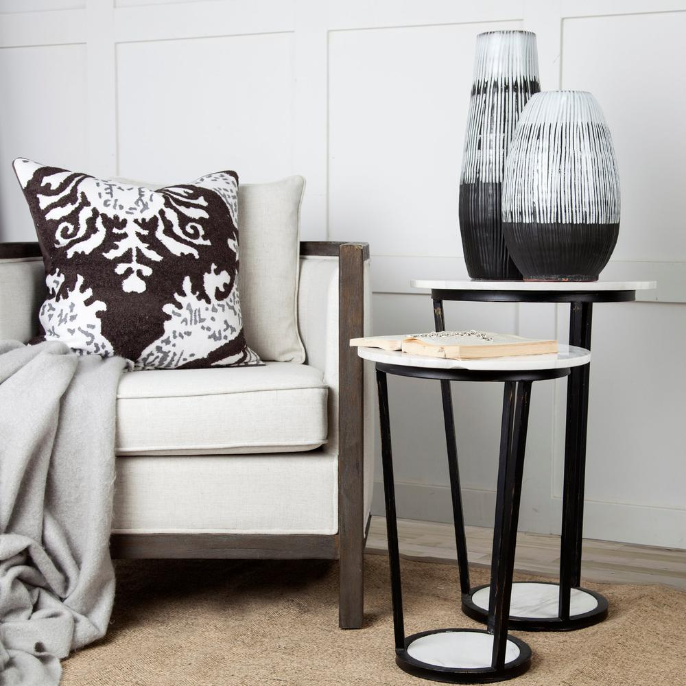 """18"""" Round White Marble Top Accent Table with Black Metal Frame - 380684. Picture 7"""