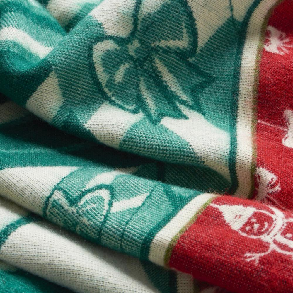 Queen Size Ultra Soft Green Christmas Handmade Woven Blanket - 383066. Picture 4