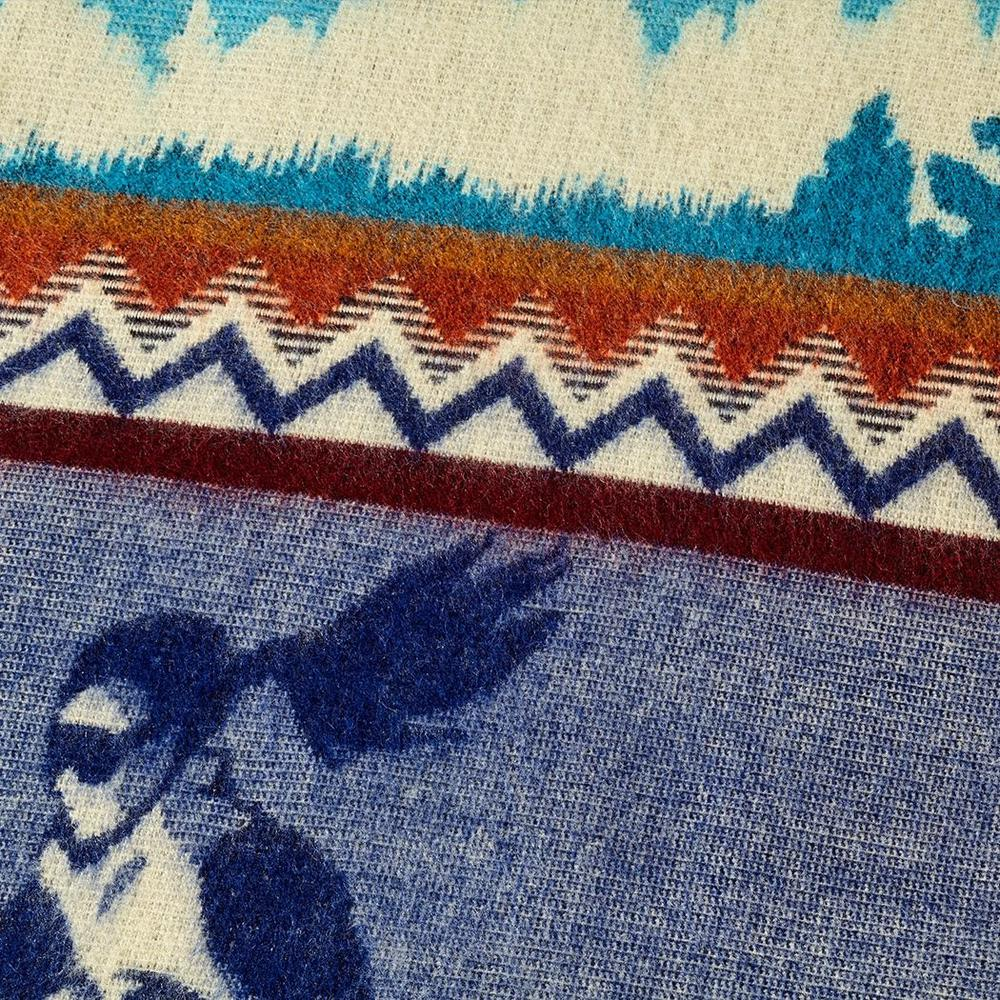 Queen Size Ultra Soft Blue Ski Mountain Handmade Woven Blanket - 383067. Picture 3