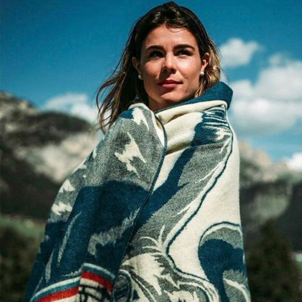 Queen Size Ultra Soft Ski Jumper Handmade Woven Blanket - 383068. Picture 5