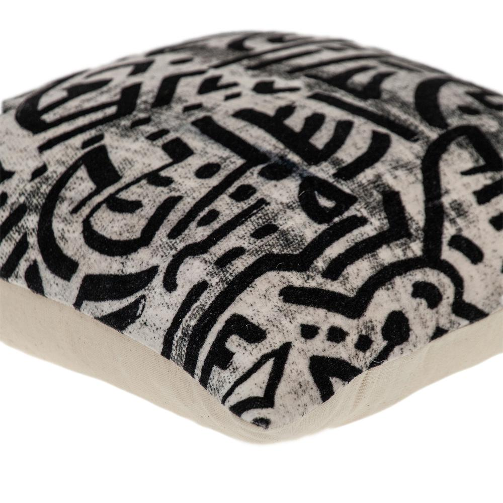 Black and White Abstract Velvet Throw Pillow - 383092. Picture 5