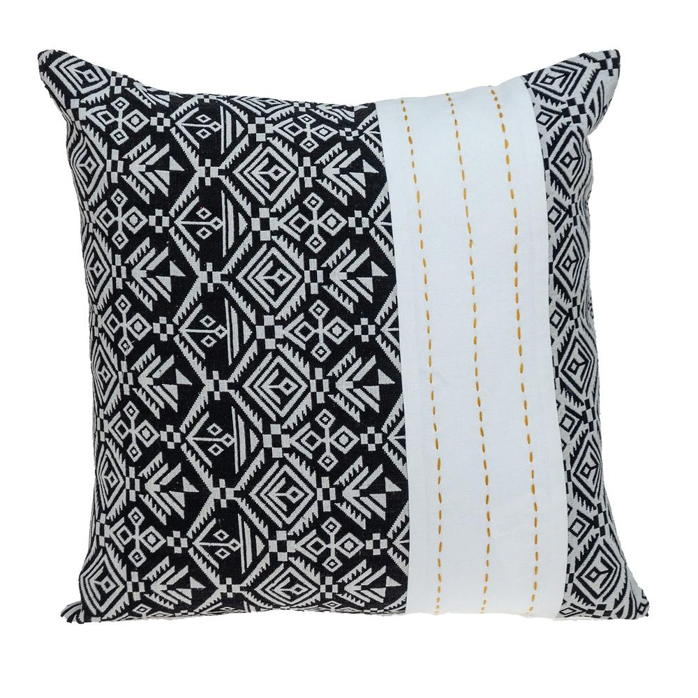 Black and White Modern Throw Pillow - 383119. Picture 1