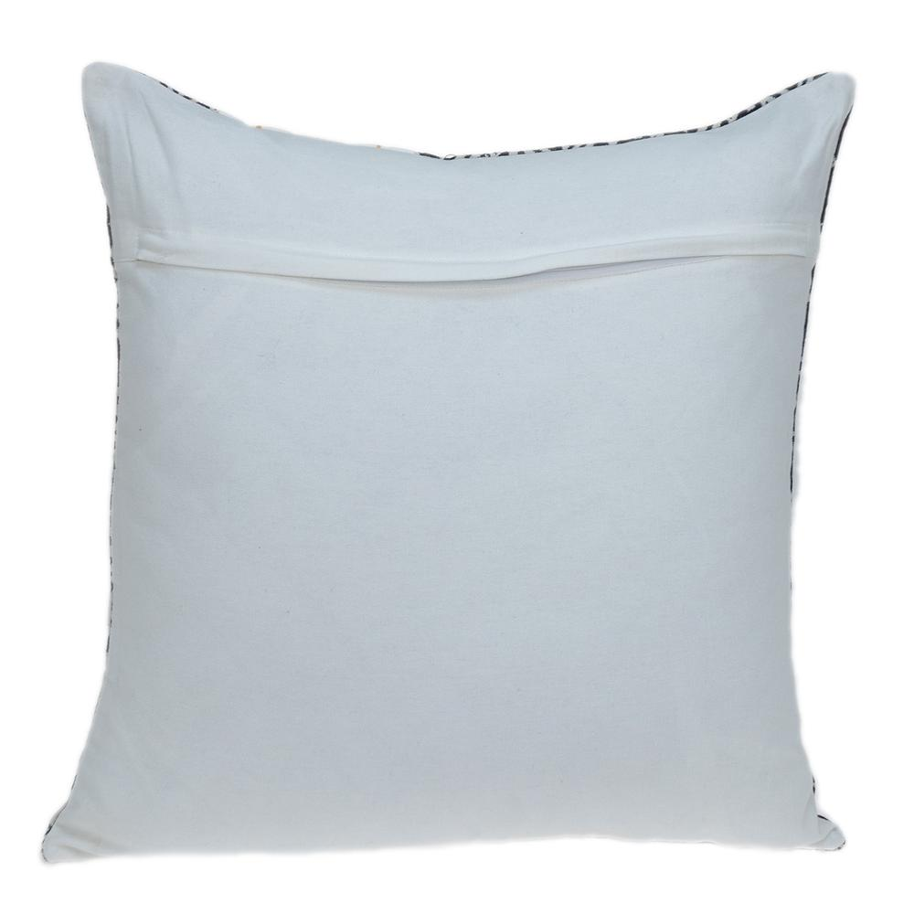 Black and White Modern Throw Pillow - 383119. Picture 3