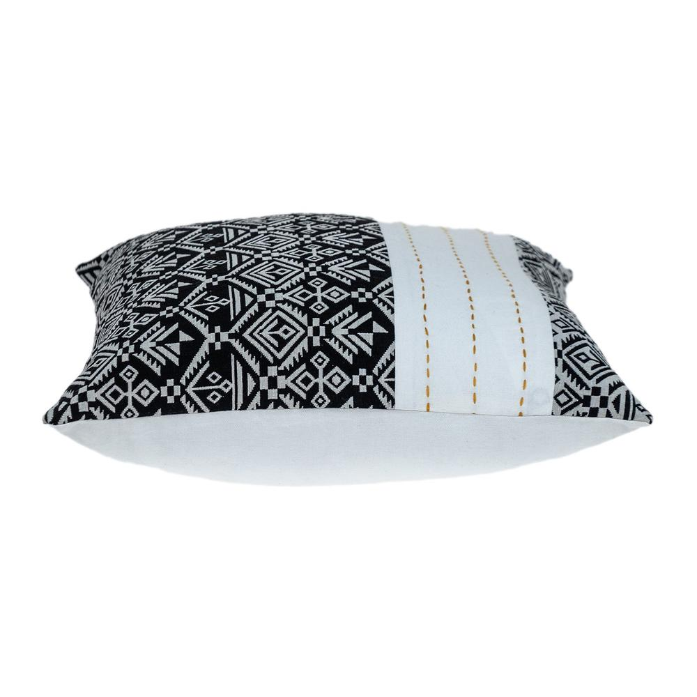 Black and White Modern Throw Pillow - 383119. Picture 4