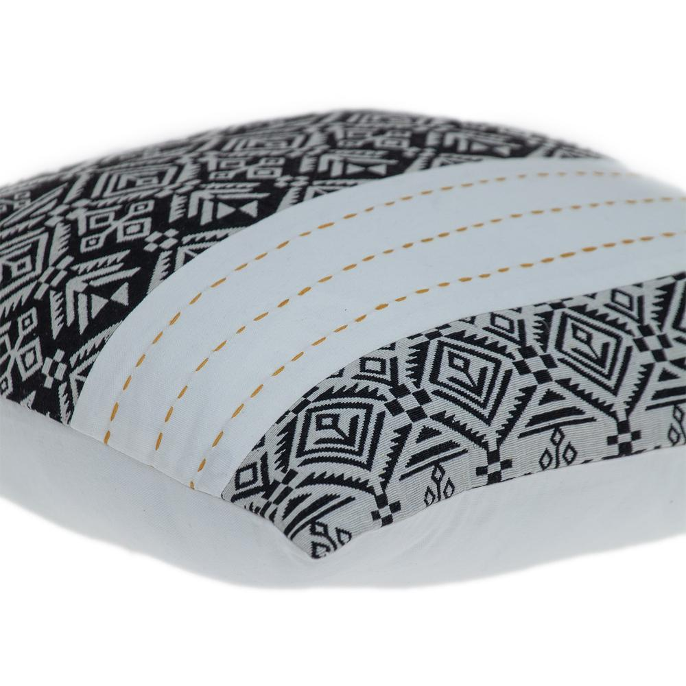Black and White Modern Throw Pillow - 383119. Picture 5