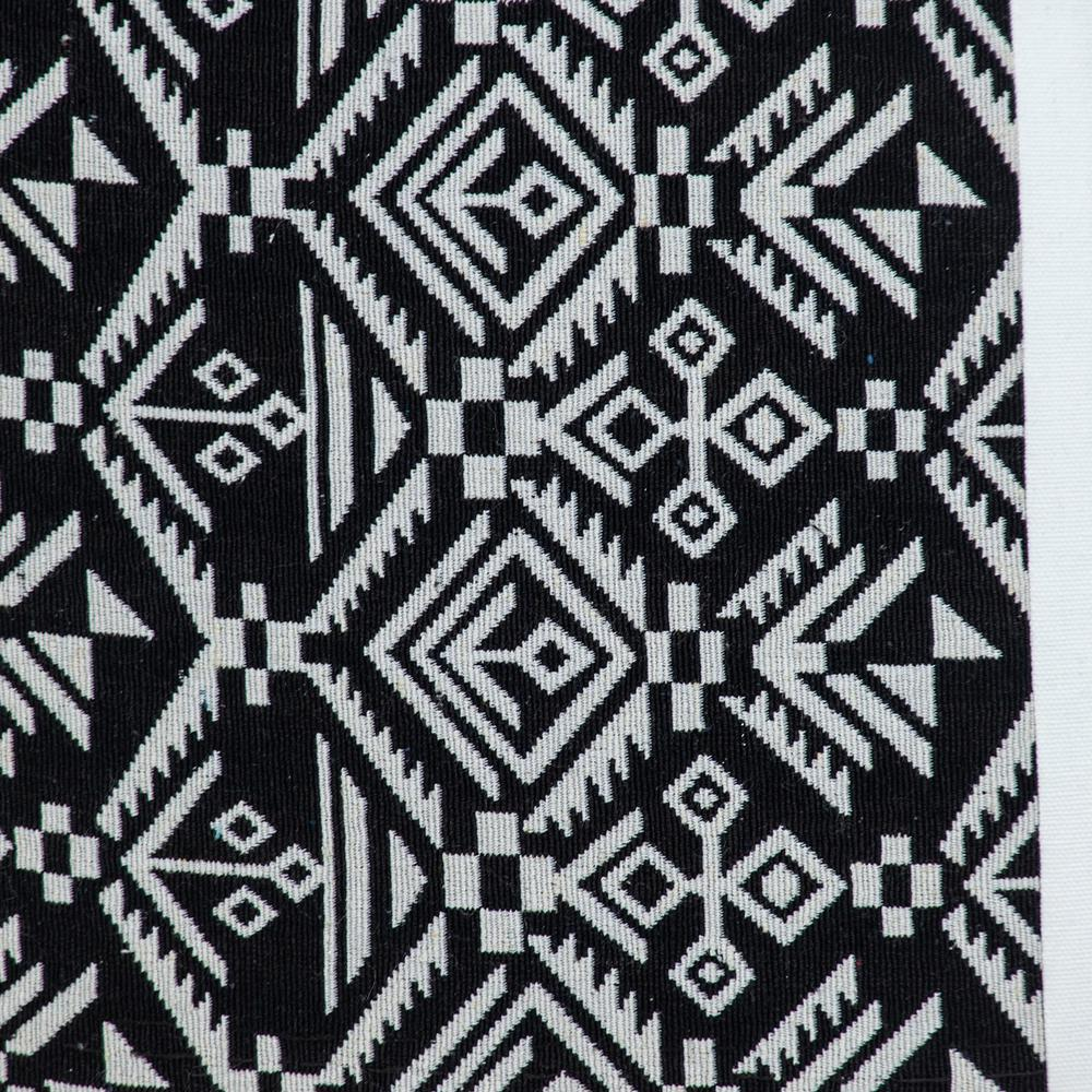 Black and White Modern Throw Pillow - 383119. Picture 6