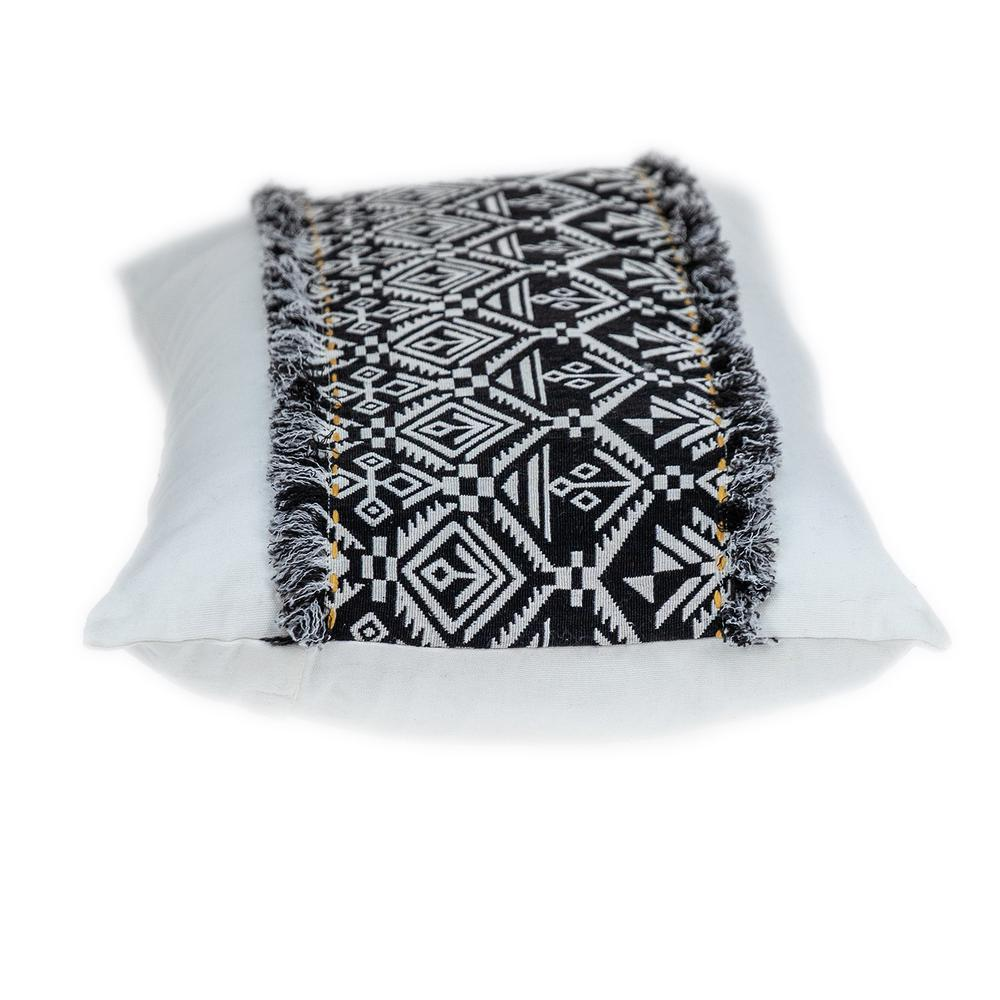 Black and White Patched Throw Pillow - 383126. Picture 4