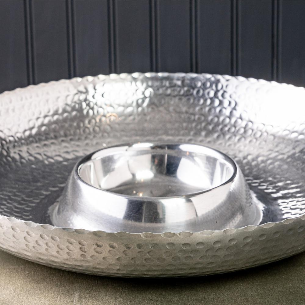 Handcrafted Hammered Stainless Steel Chip and Dip Server - 384088. Picture 4