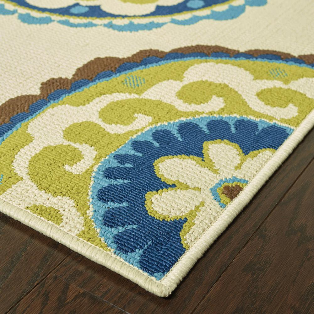 8' Ivory Indigo and Lime Medallion Disc Indoor Outdoor Runner Rug - 384322. Picture 2