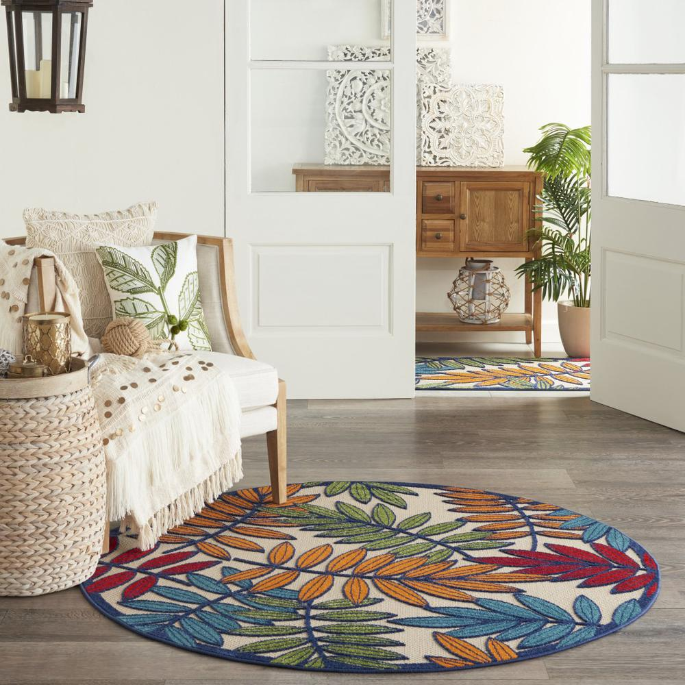5' Round Multicolored Leaves Indoor Outdoor Area Rug - 384944. Picture 4