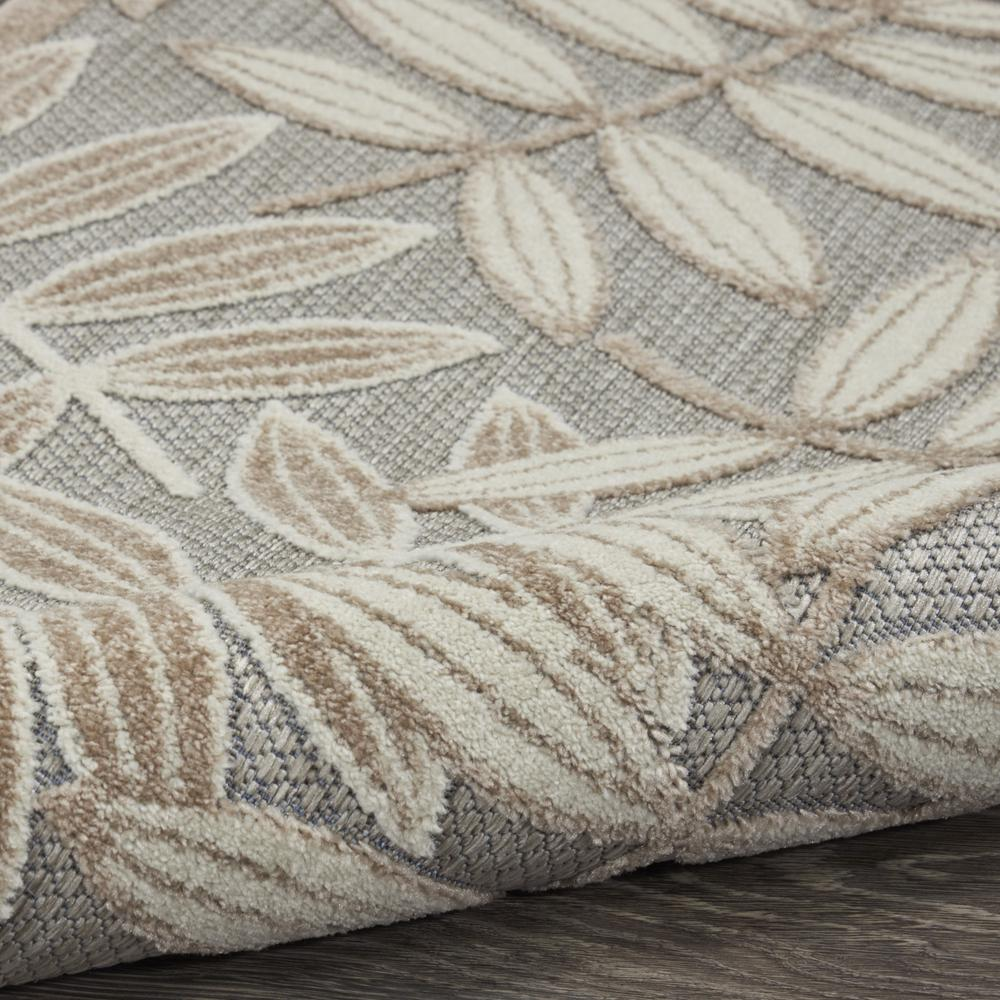 3' x 4' Natural Leaves Indoor Outdoor Area Rug - 384953. Picture 3