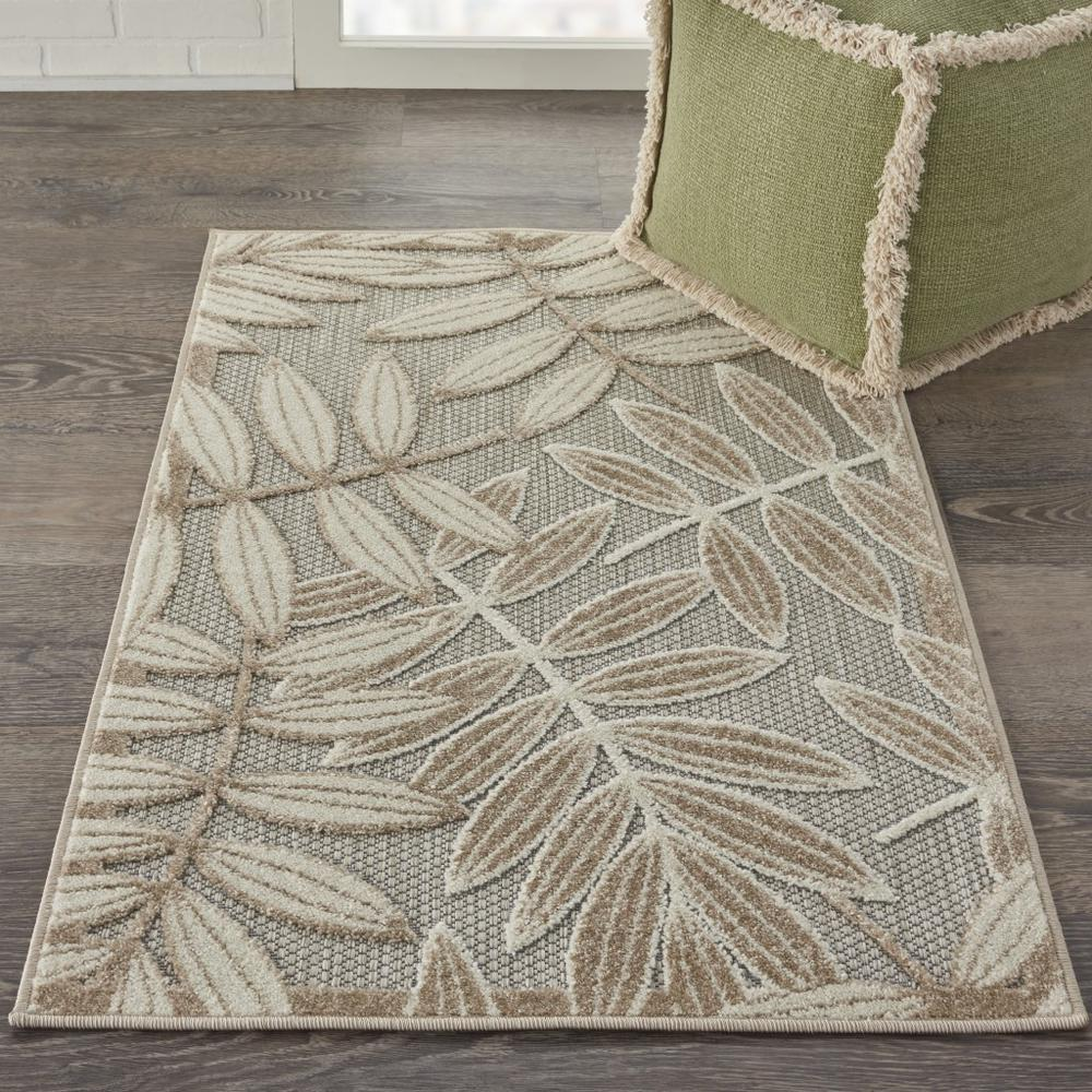 3' x 4' Natural Leaves Indoor Outdoor Area Rug - 384953. Picture 4