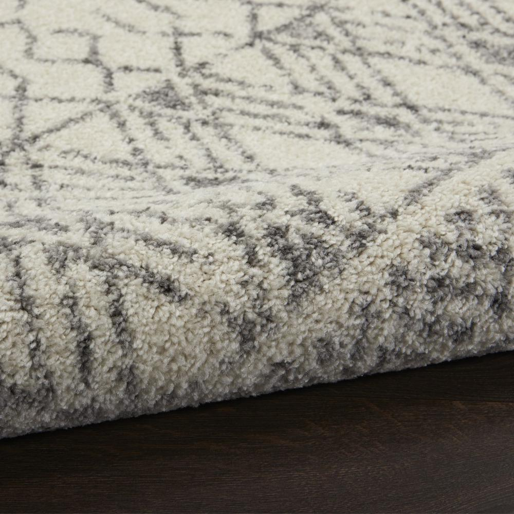 2' x 8' Ivory and Gray Geometric Runner Rug - 385771. Picture 3
