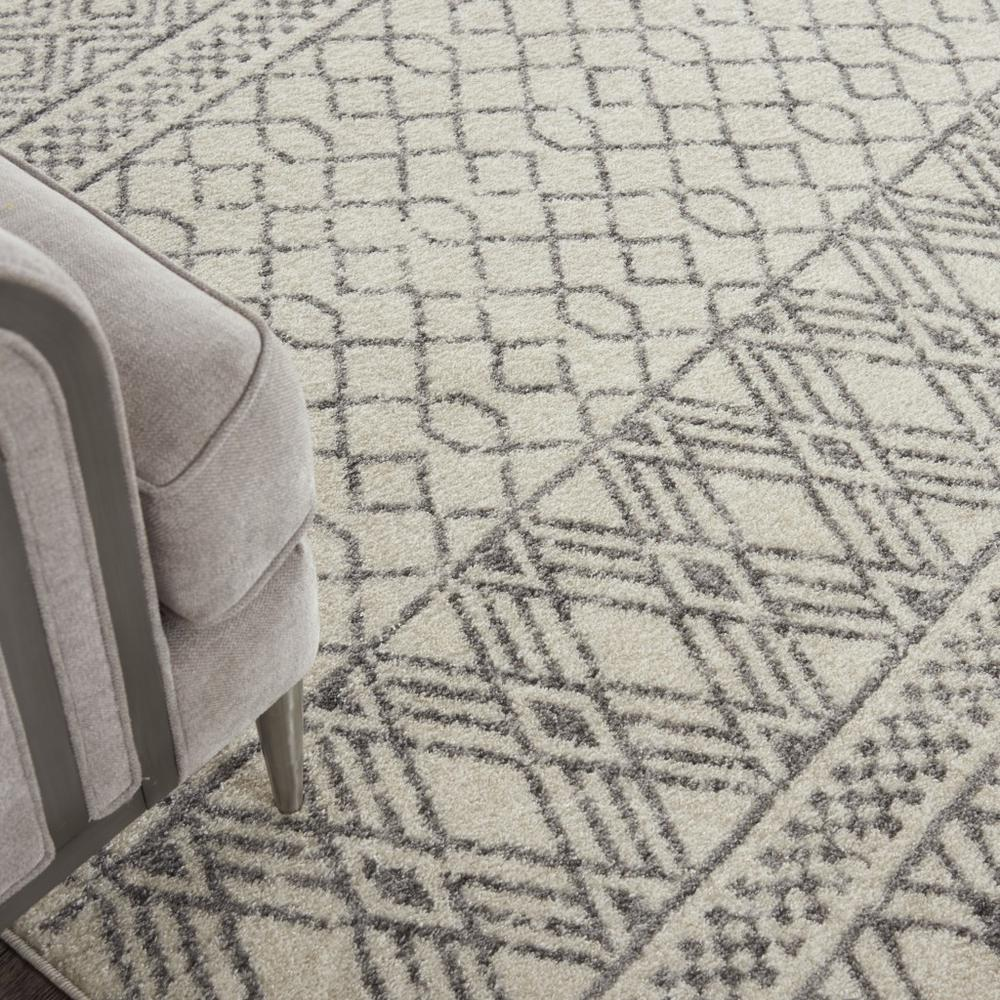 8' x 10' Ivory and Gray Geometric Area Rug - 385774. Picture 5