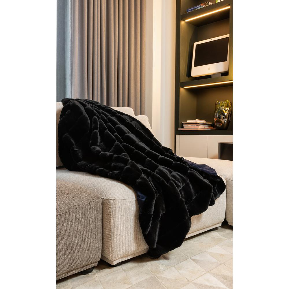Premier Luxury Onyx Stripe Faux Fur Throw Blanket - 386749. Picture 2