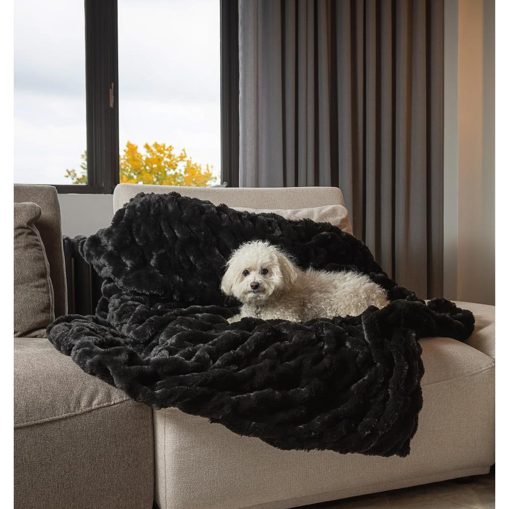 Premier Luxury Black Super Soft Faux Fur Throw Blanket - 386750. Picture 3