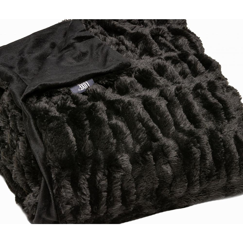 Chunky Sectioned Black Faux Fur Throw Blanket - 386753. Picture 2