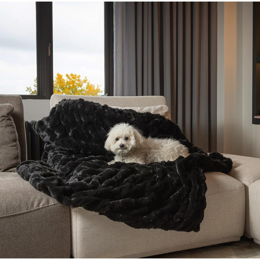 Chunky Sectioned Black Faux Fur Throw Blanket - 386753. Picture 4