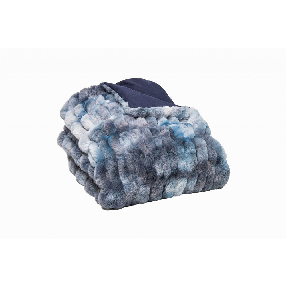 Chunky Sectioned Shades of Blue Faux Fur Throw Blanket - 386754. Picture 1