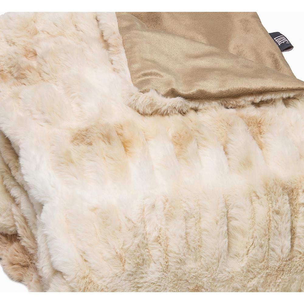 Chunky Sectioned Shades of Beige Faux Fur Throw Blanket - 386755. Picture 2