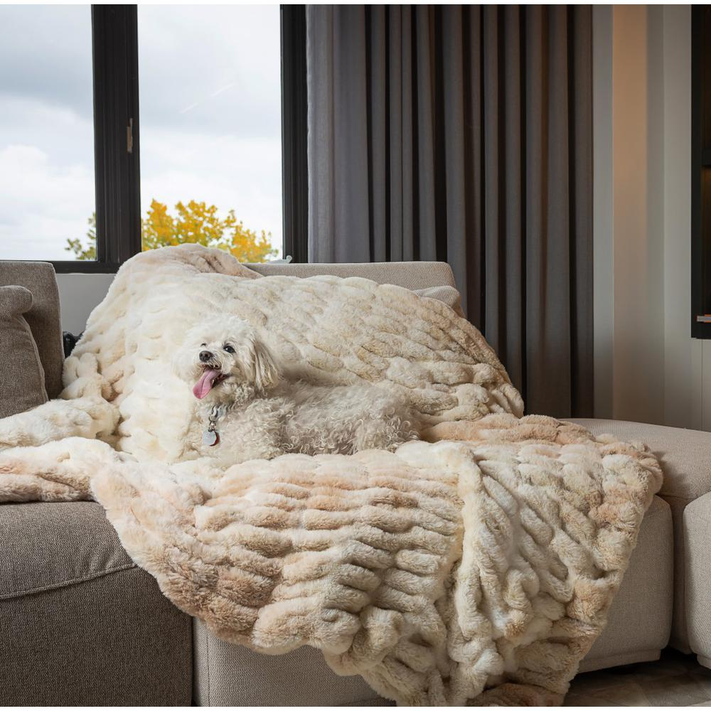 Chunky Sectioned Shades of Beige Faux Fur Throw Blanket - 386755. Picture 3